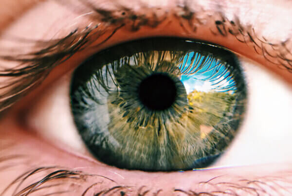 What Resolution Can the Human Eye See?