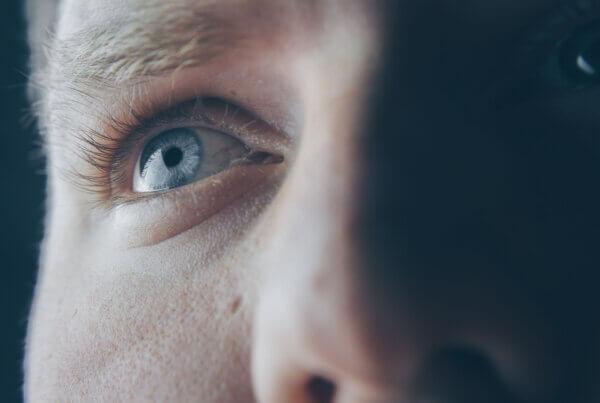 Why Do My Eyes Hurt When I Look Around?
